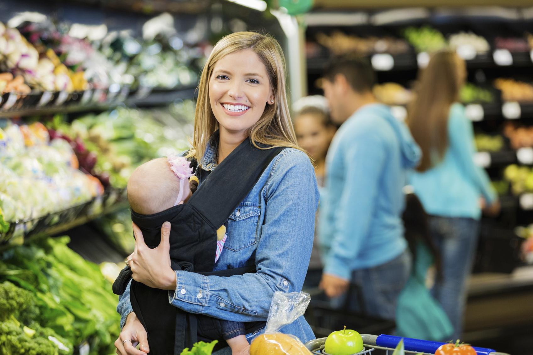 Как да пазарувате с бебето