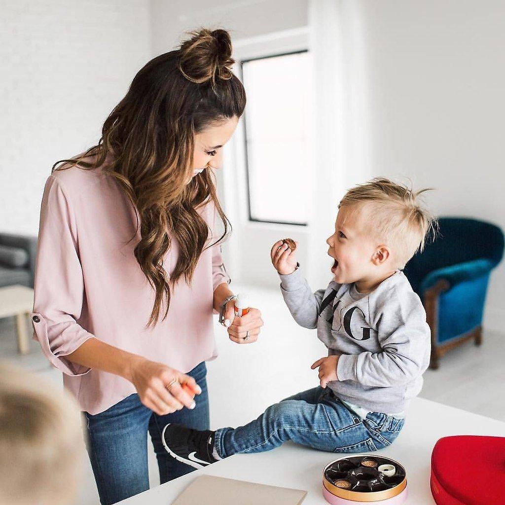 Как да комуникираме с дете от 1 до 2-годишна възраст